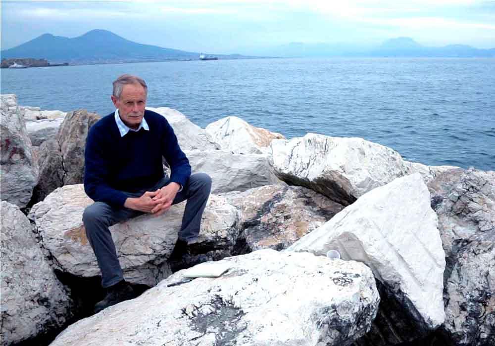 L'emozionante storia di Napoli, raccontata da Erri De Luca